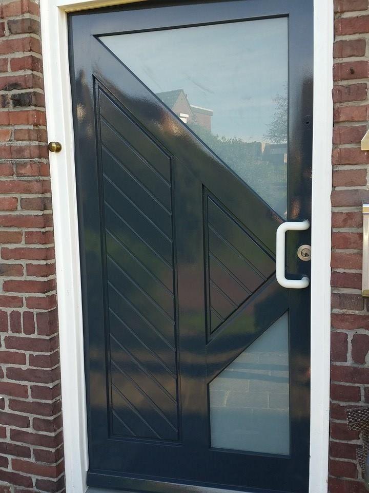 deur 1 na