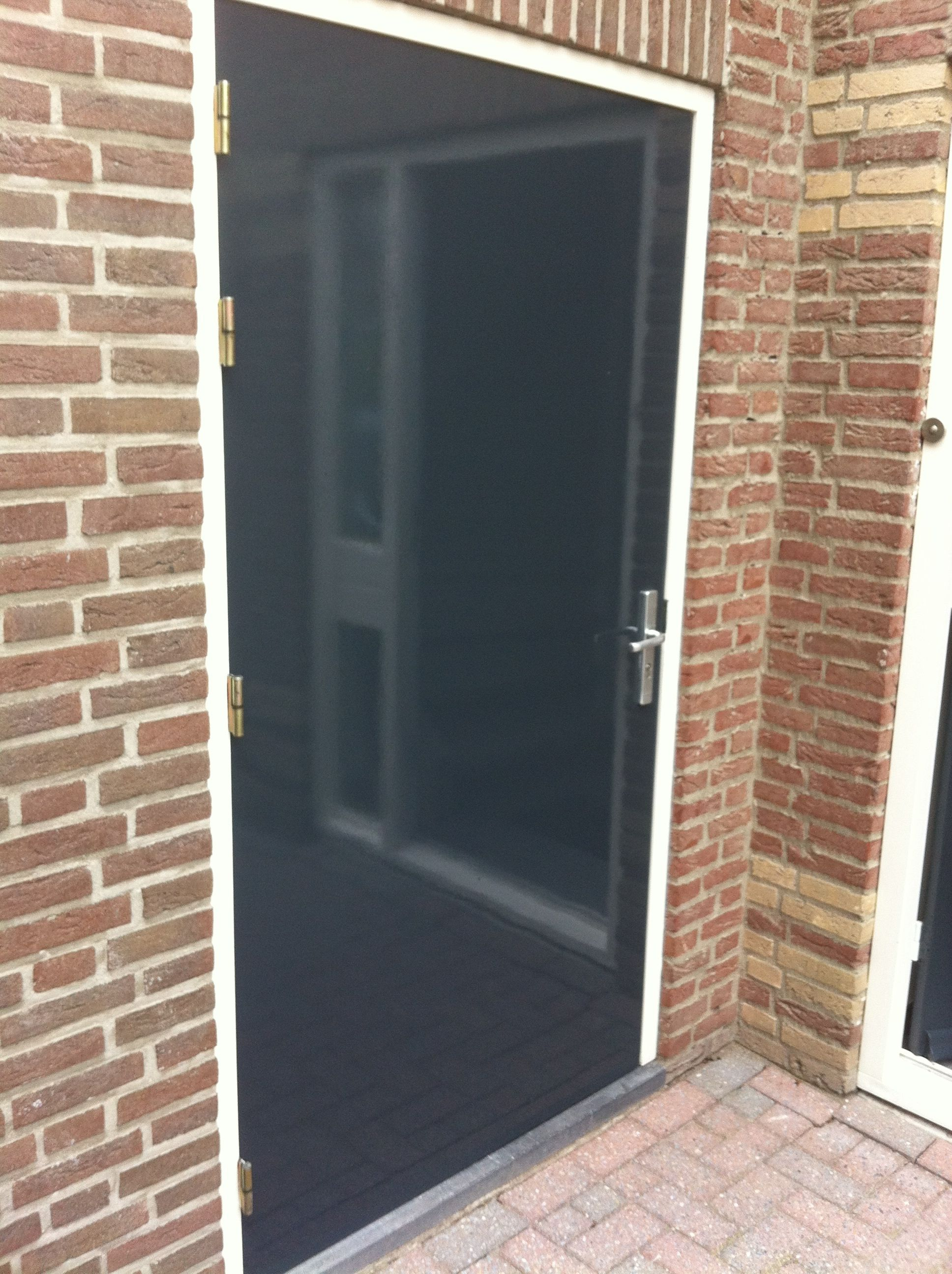 deur 2 na