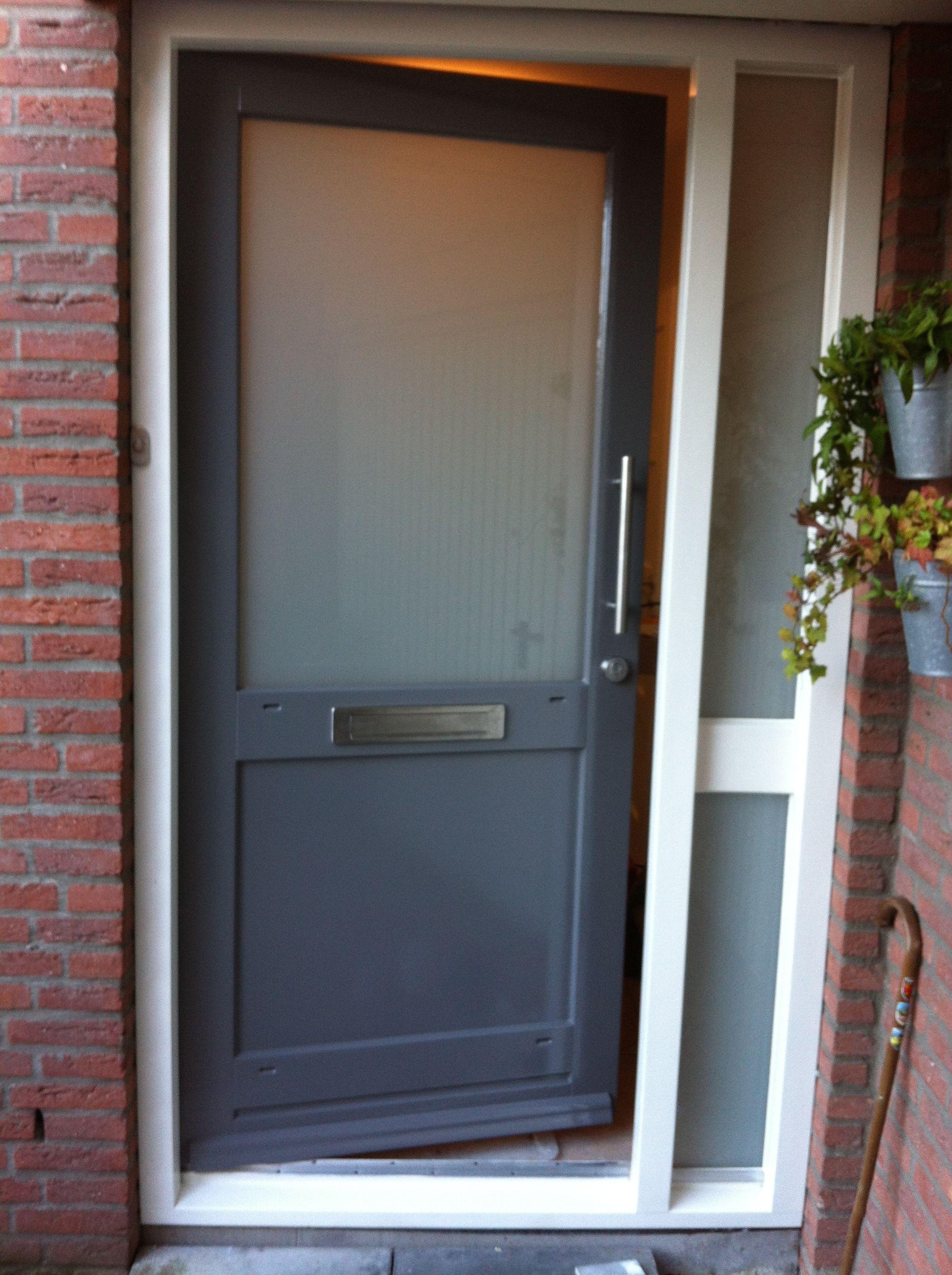 deur 3 na